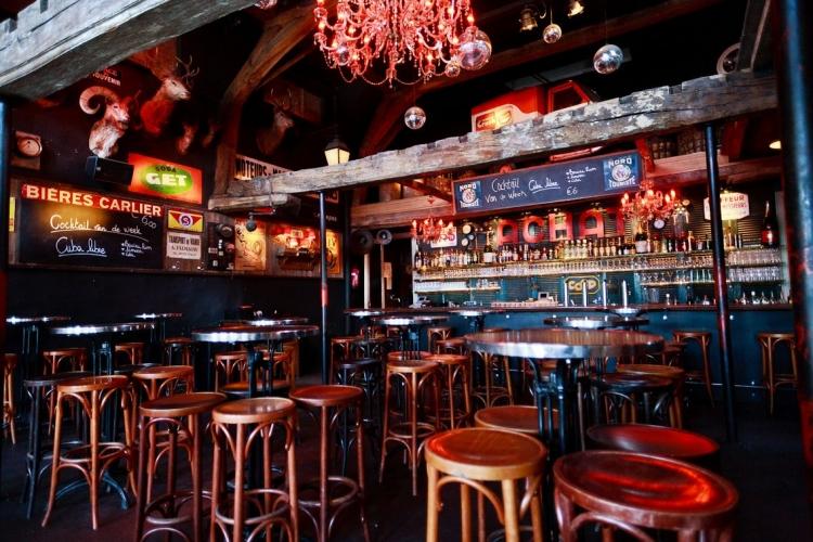 Trollekelder, Trollekrant, Uitgaan in de buurt, Gent, Vlasmarkt, Bar Des Amis, cocktails